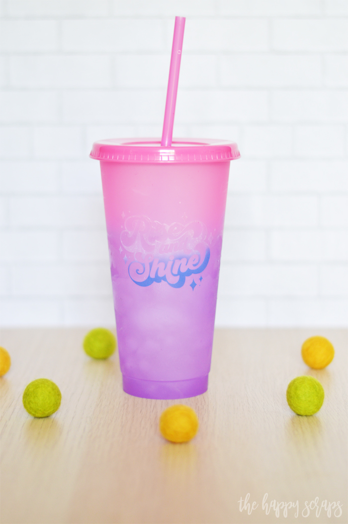 Create this fun Color Changing Vinyl on Color Changing Cup project in just a few easy steps! It's magical to watch the colors change!
