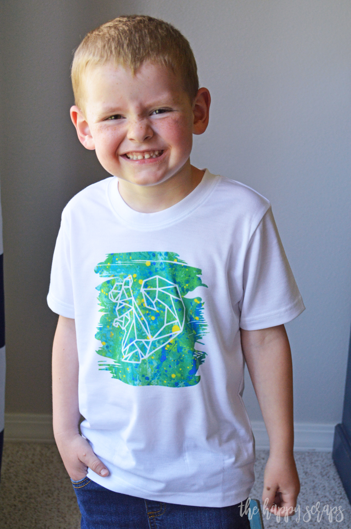 Creating this Infusible Ink Toddler T-shirt is easy with the new Infusible Ink blanks and transfer sheets! Make a little one's day with this Squirrel shirt!